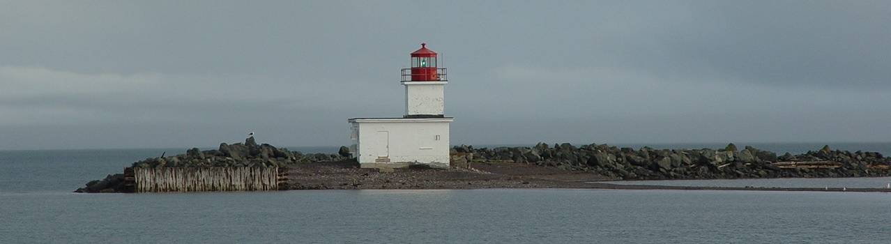 Parrsboro-Lighthouse-High-Tide---website-2